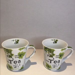 "NWT Tea Mugs,set of 2 multi lingual ""tea mugs"""